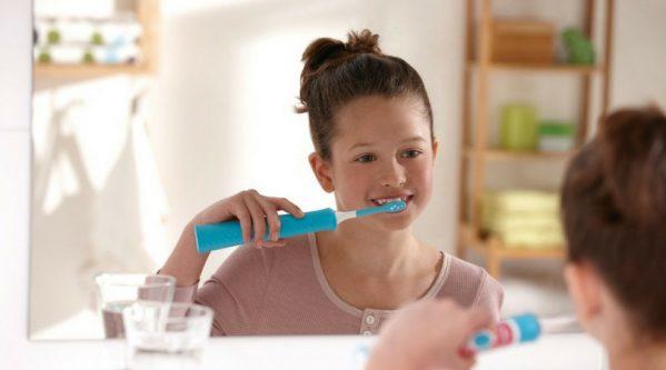 brosse-a-dent-electrique iau 1