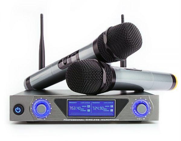 puis-je brancher un microphone à mon récepteur